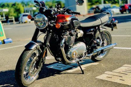 2/19 バイクでブーンと。
